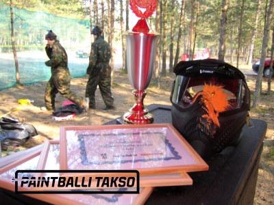 paintball tegevused metsas vabas õhus